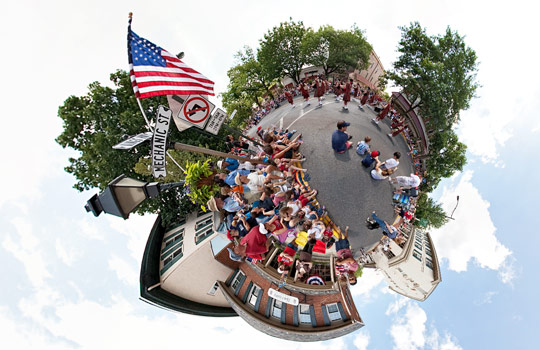360 degree view of the parade.